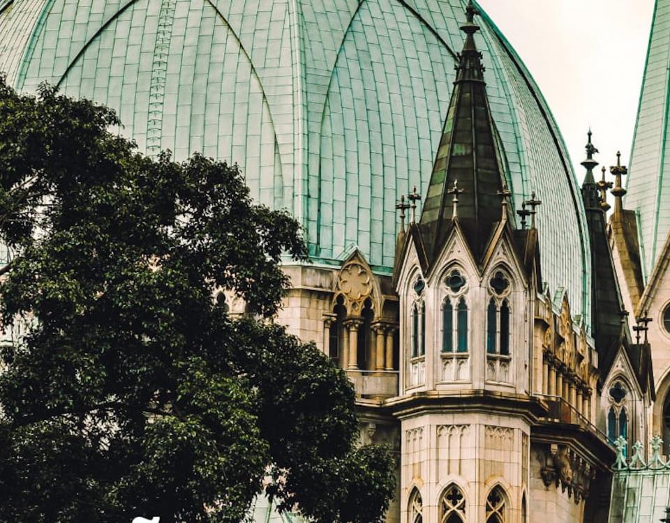 Imagens em detalhe de construções antigas do Centro da cidade de São Paulo